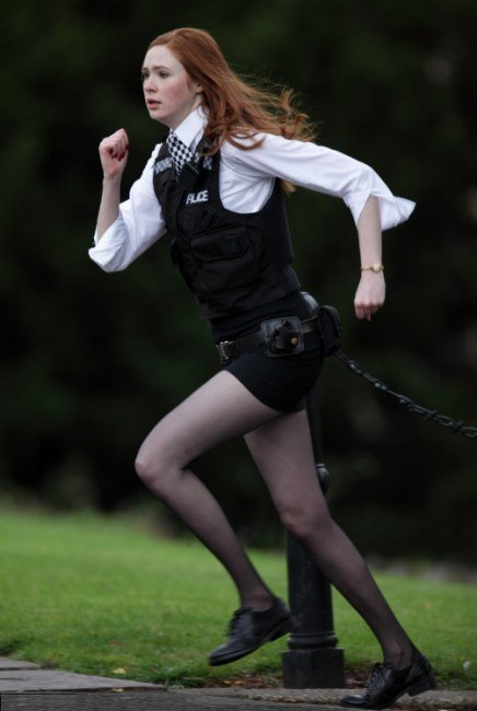 Image of karen-gillan-and-running-gallery.jpg