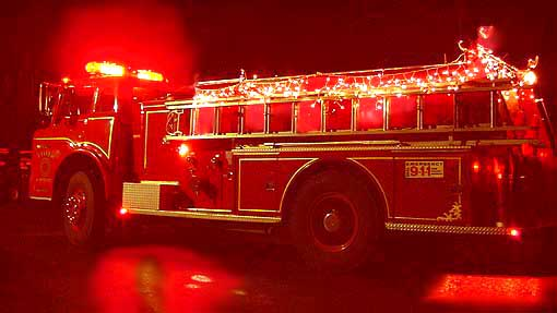 Image of xmaslightsonfireenginered.jpg